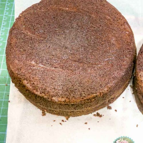 What cake recipe is best for tiered cakes
