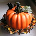 How to Carve a Pumpkin out of Cake - Tutorial Collections and Inspiration