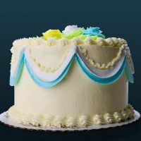 Best recipe for Buttercream Vanilla Birthday cake with Vanilla Buttercream Frosting.