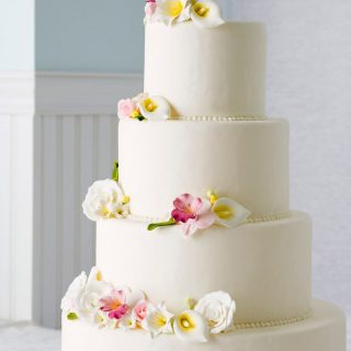 20 Tips for making your own wedding cake from scratch