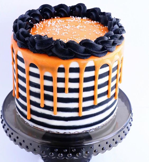 Remarkable Halloween Birthday Cake Elise Moffatt Cake Decorating Tutorials Funny Birthday Cards Online Barepcheapnameinfo
