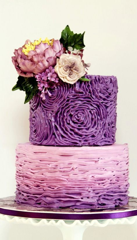 How to Make Rose Ruffles on Cakes