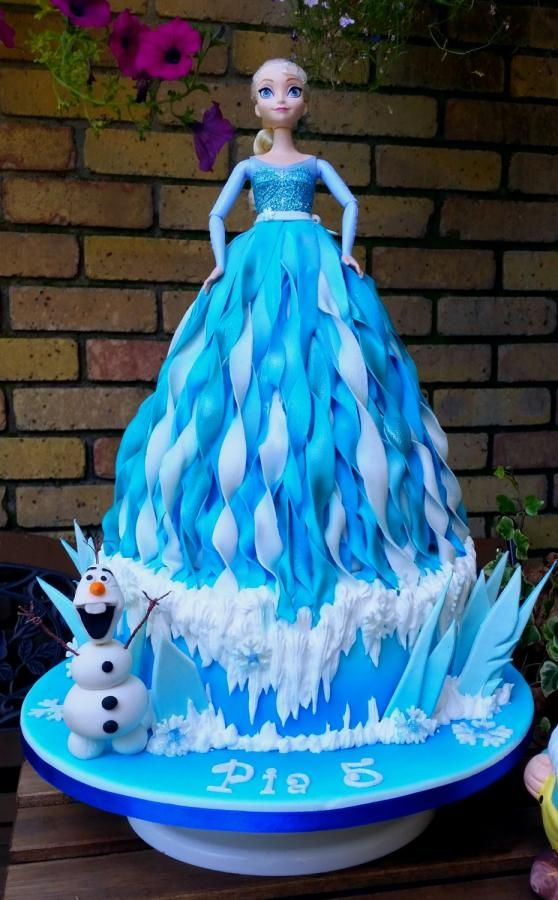 Elsa cake, dress cake with frozen theme and snowman