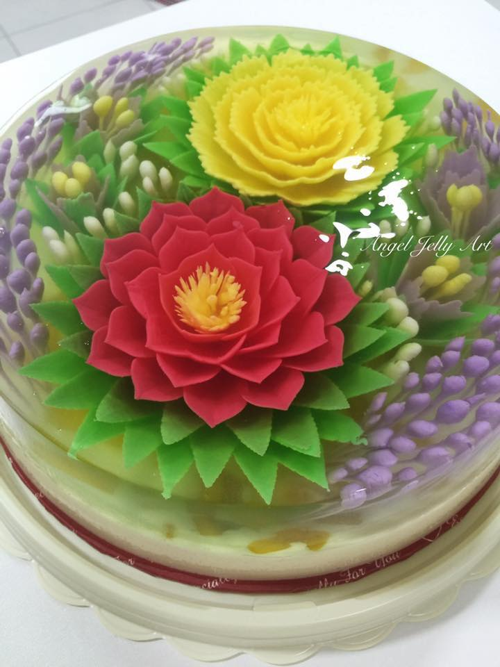 Flowers in jelly like cake injected into the jelly