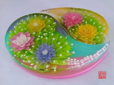 jello made using injections to make flowers and buds