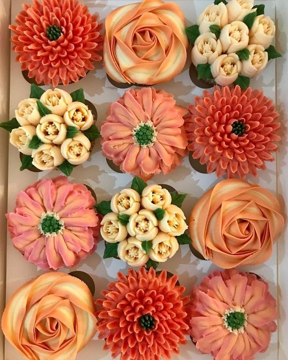 russian nozzle buttercream work done with orange shades of buttercream
