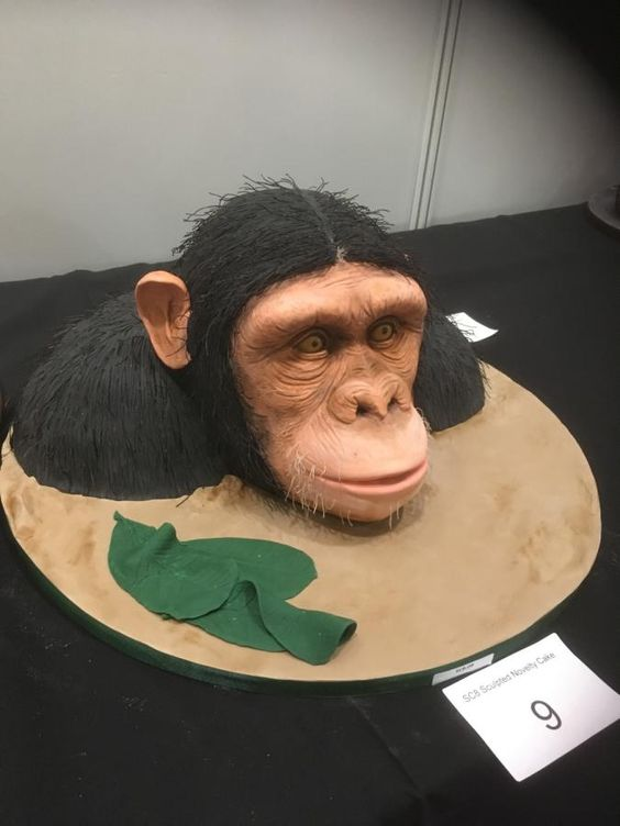 King kong theme cake, face sculpted using fondant for a realistic look