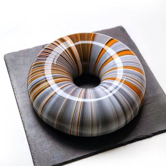 grey and brown theme cake marbled effect