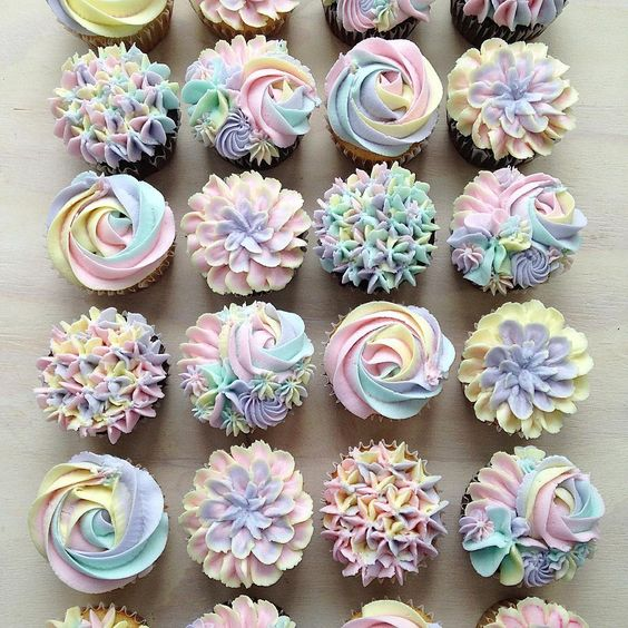 rainbow effect buttercream cupcakes