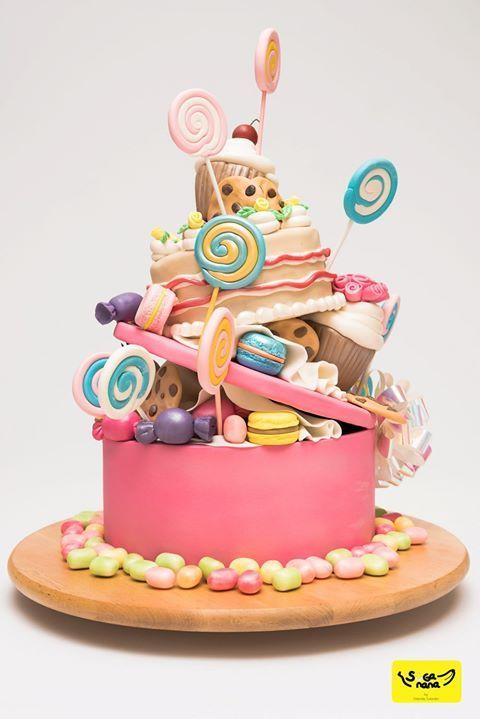 cakes for dessert lovers and fondant bakers theme cake toppers