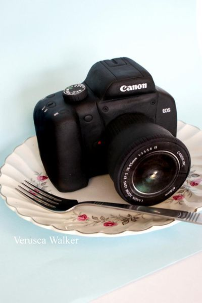 Camera Cake is a good idea for a photographer's birthday cake. These camera cake tutorials make it easy to carve a camera shape out of cake