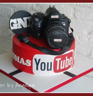 A youtube themed cake for youtubers