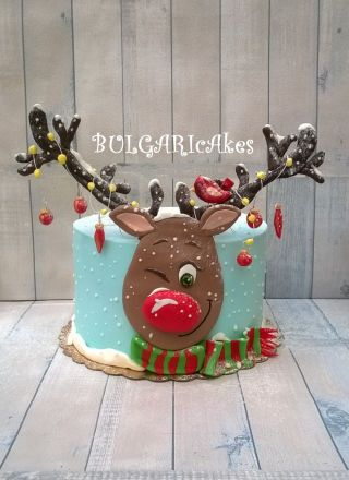 reindeer cake with blue fondant one tier christmas cake