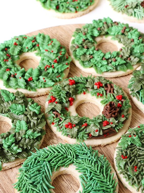Christmas wreath cookie green in color