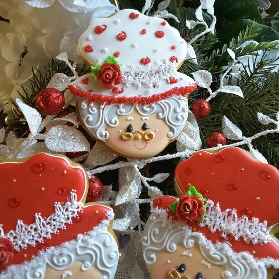 red and white old granny cookie with christmassy decoration