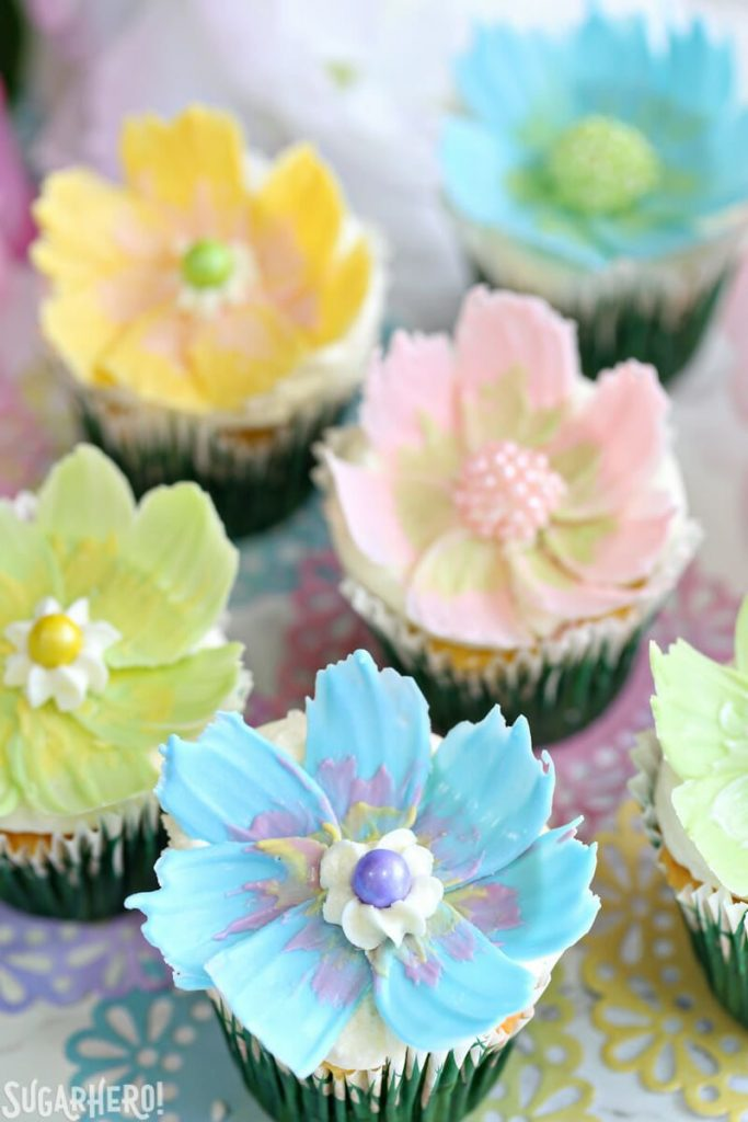 cupcakes topped with a simple candy melt flower