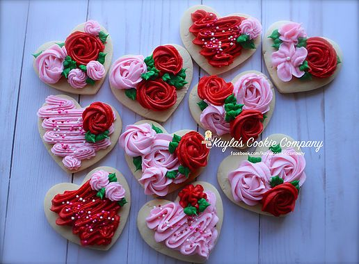 sugar cookies with red and pink rosettes made of royal icing - Valentines Day Cookies Tutorials