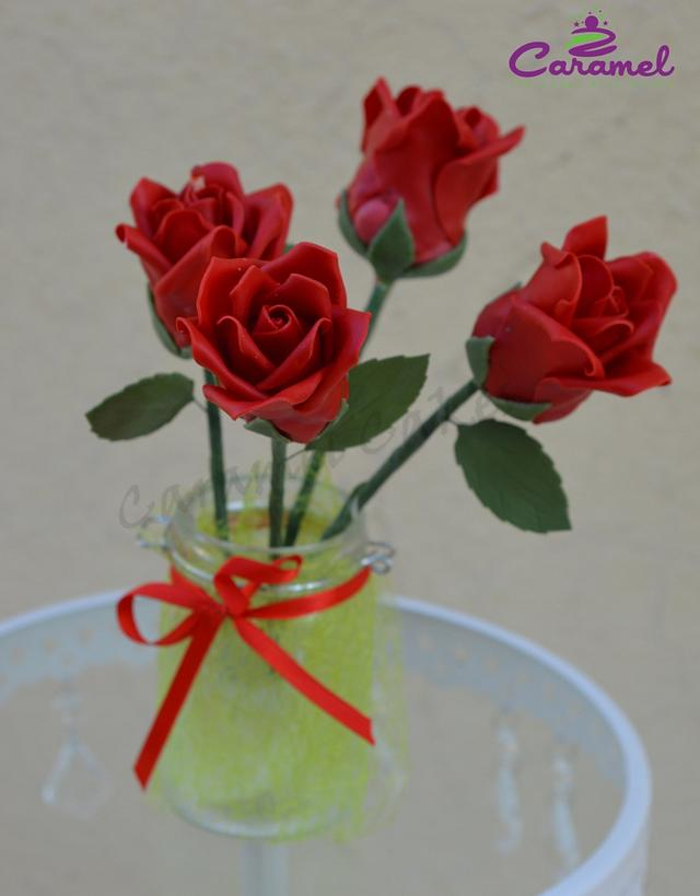 cake roses that look like real roses