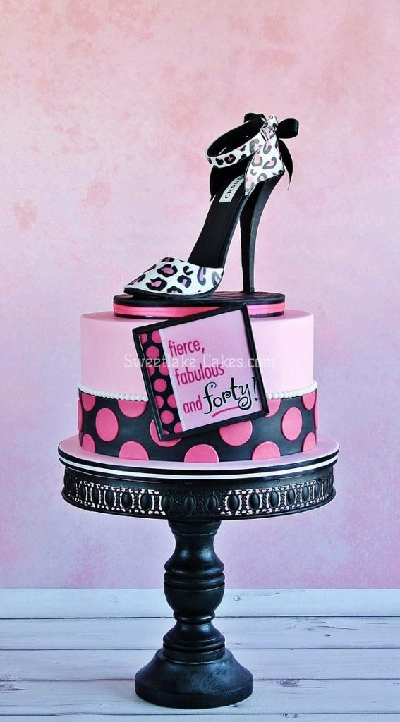 animal print on a ladies sandal cake with pink and black theme