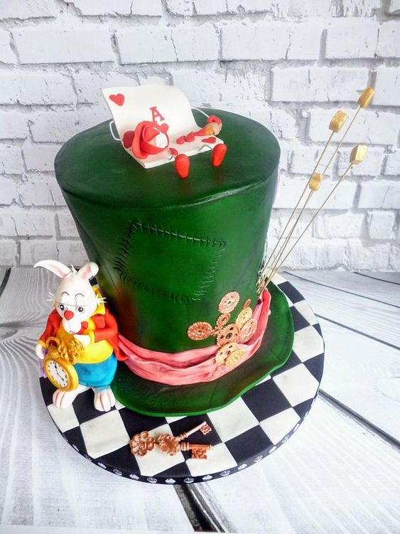 green hat fondant cake with a sugar mousse