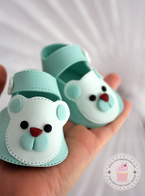 little cute teddy shoes for a christening cake