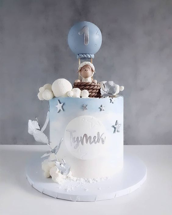 silver stars of fondant with blue and white