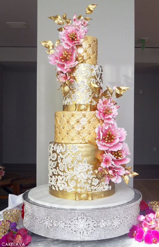 wedding cakes with hand made flowers