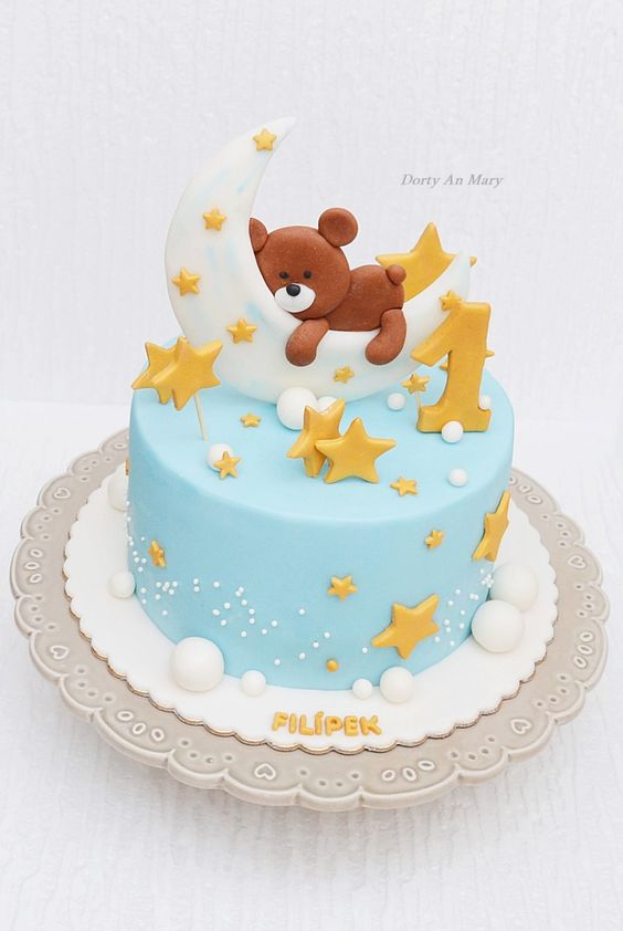 first birthday cakes with stars and moon on it