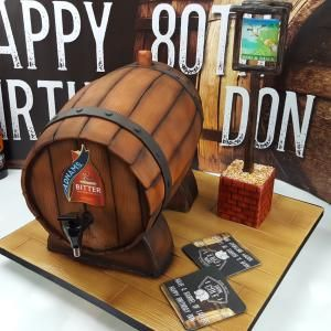 a full whiskey drum made of fondant